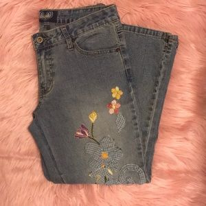 Vintage embroidered crop flare jeans size 9